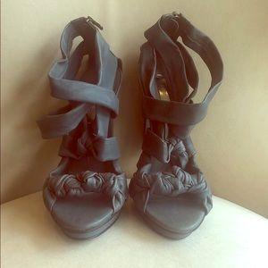 BCBGmaxazria dark gray/blueish sandal